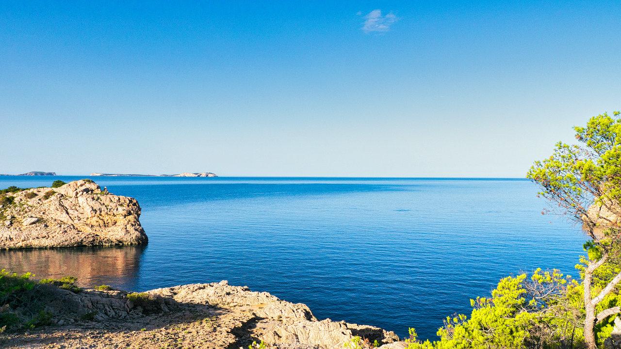Unsere Top 5 Ibiza Strandvillen… alle in Gehweite zum Strand!